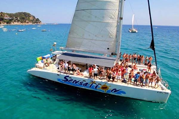 boat 1 - Party Boat Trip - 46€