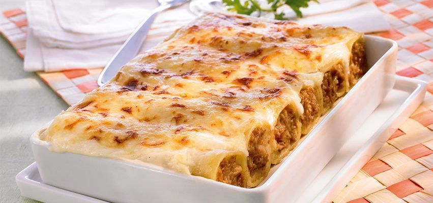 canelones hen do - Typical food of Barcelona