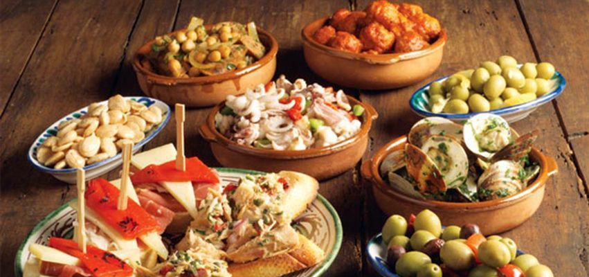 tapas hen do - Typical food of Barcelona
