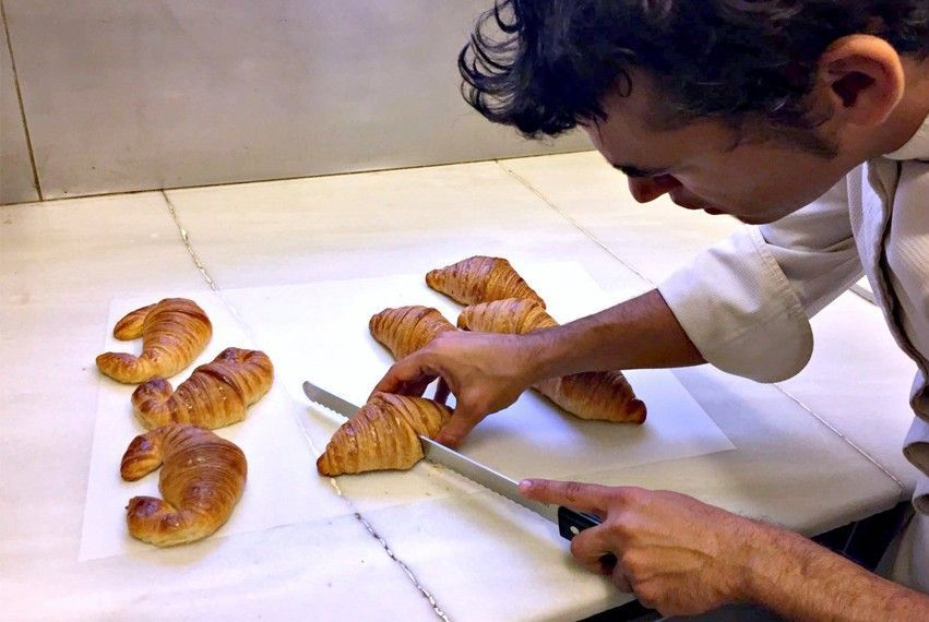 the best croissant in barcelona